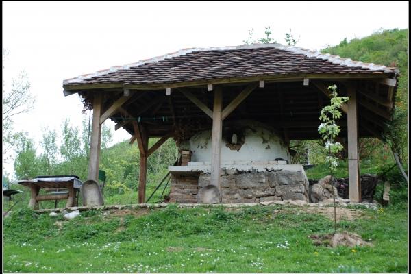 poljska-furuna-dolina-reke-gradac-378-bb068DB361-326A-C1CC-1F68-63BF9BFF7BFC.jpg